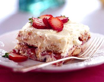 The Best Way To Enjoy A Strawberry Yum Yum