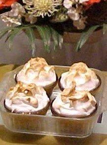 delicious Easter meringues